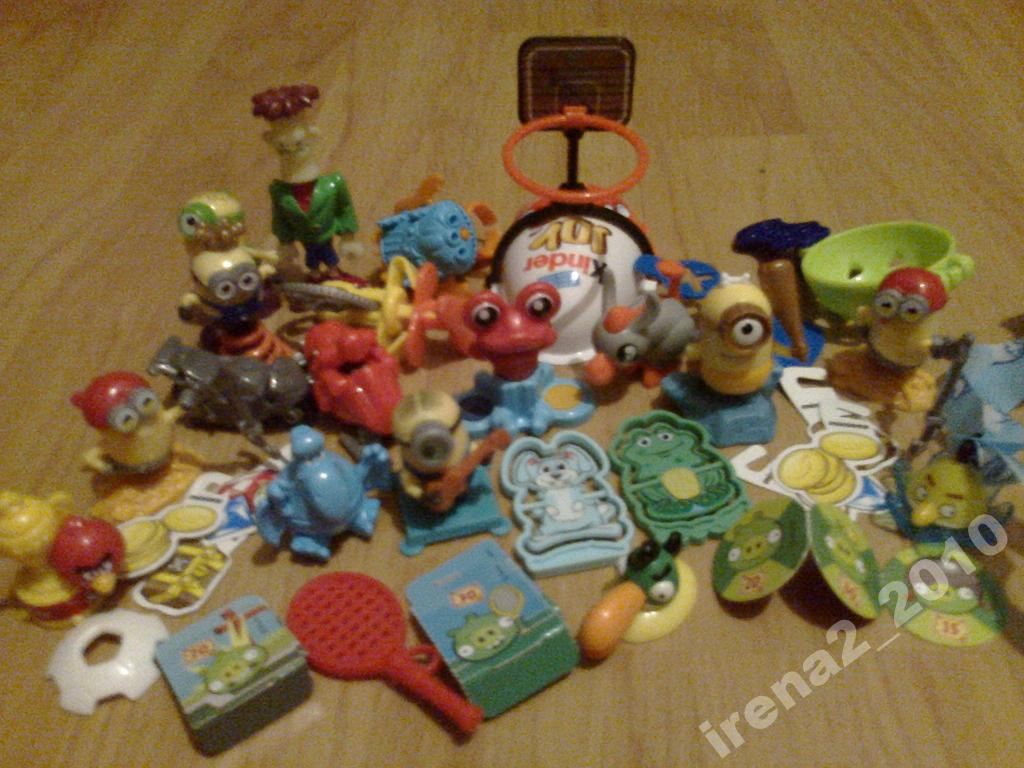 игрушки из киндер-сюрпризов - набор более 20 шт.