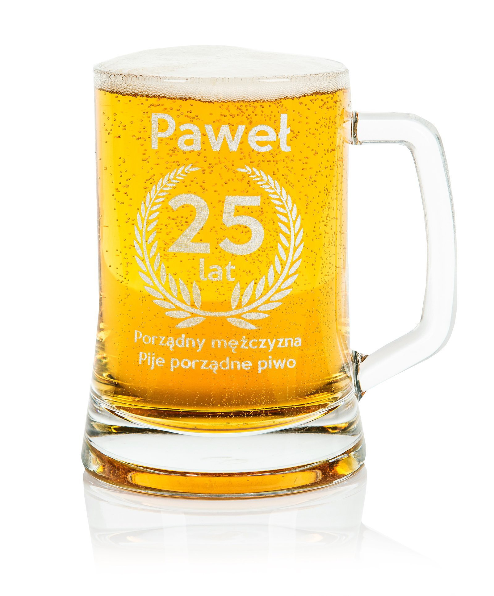 Pätica pivo s vlastným rytlom. Rôzne príležitosti