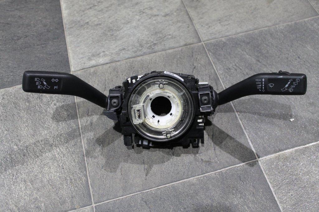 przełącznik zespolony taśma Audi A4 A5 8K0953502D