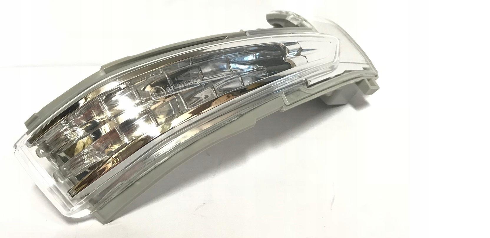 peugeot 508 10- led новый поворотник w зеркало правый