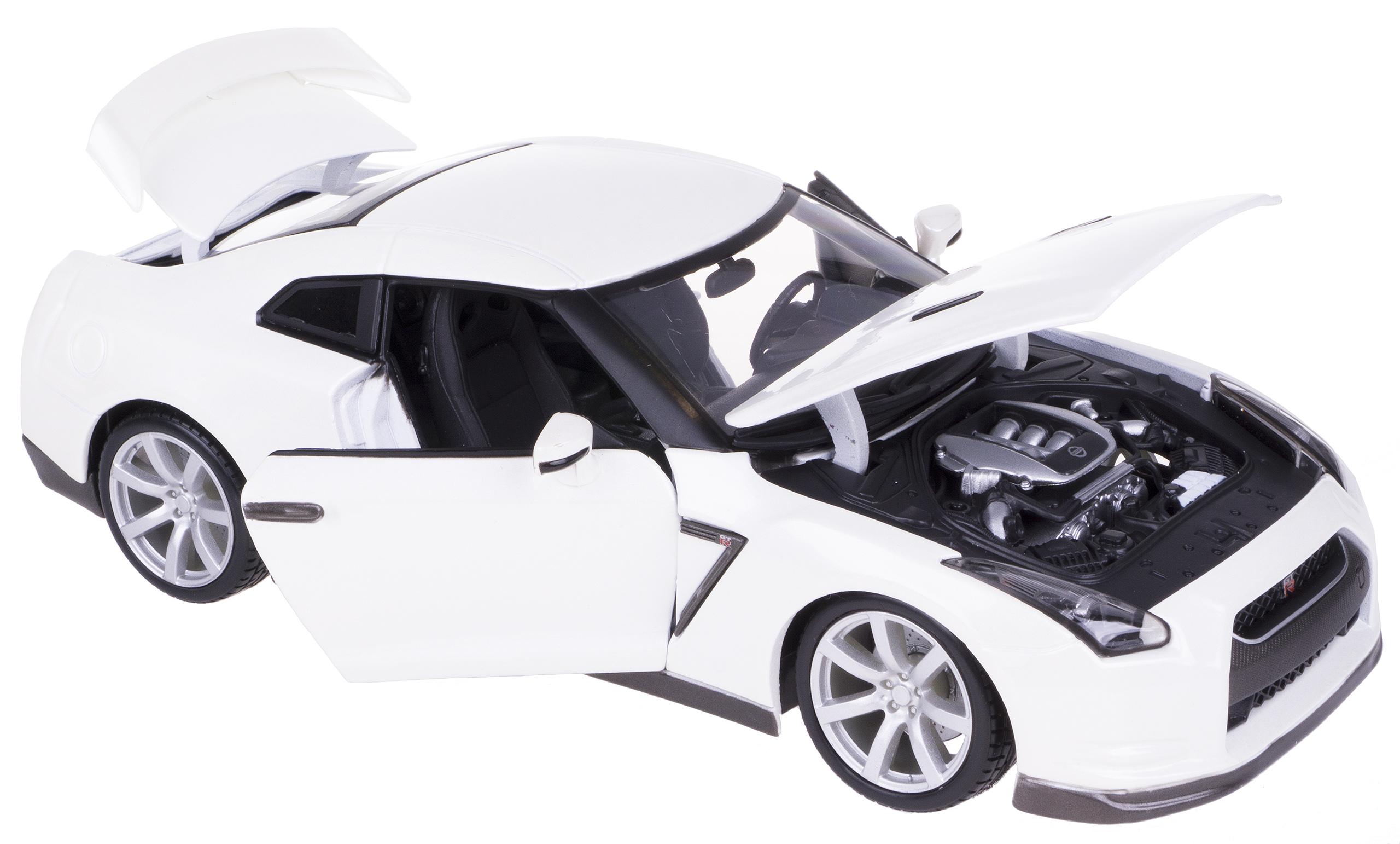 NISSAN GT-R 2009 Kovový model BBBBBRAGO 1:18 Biela