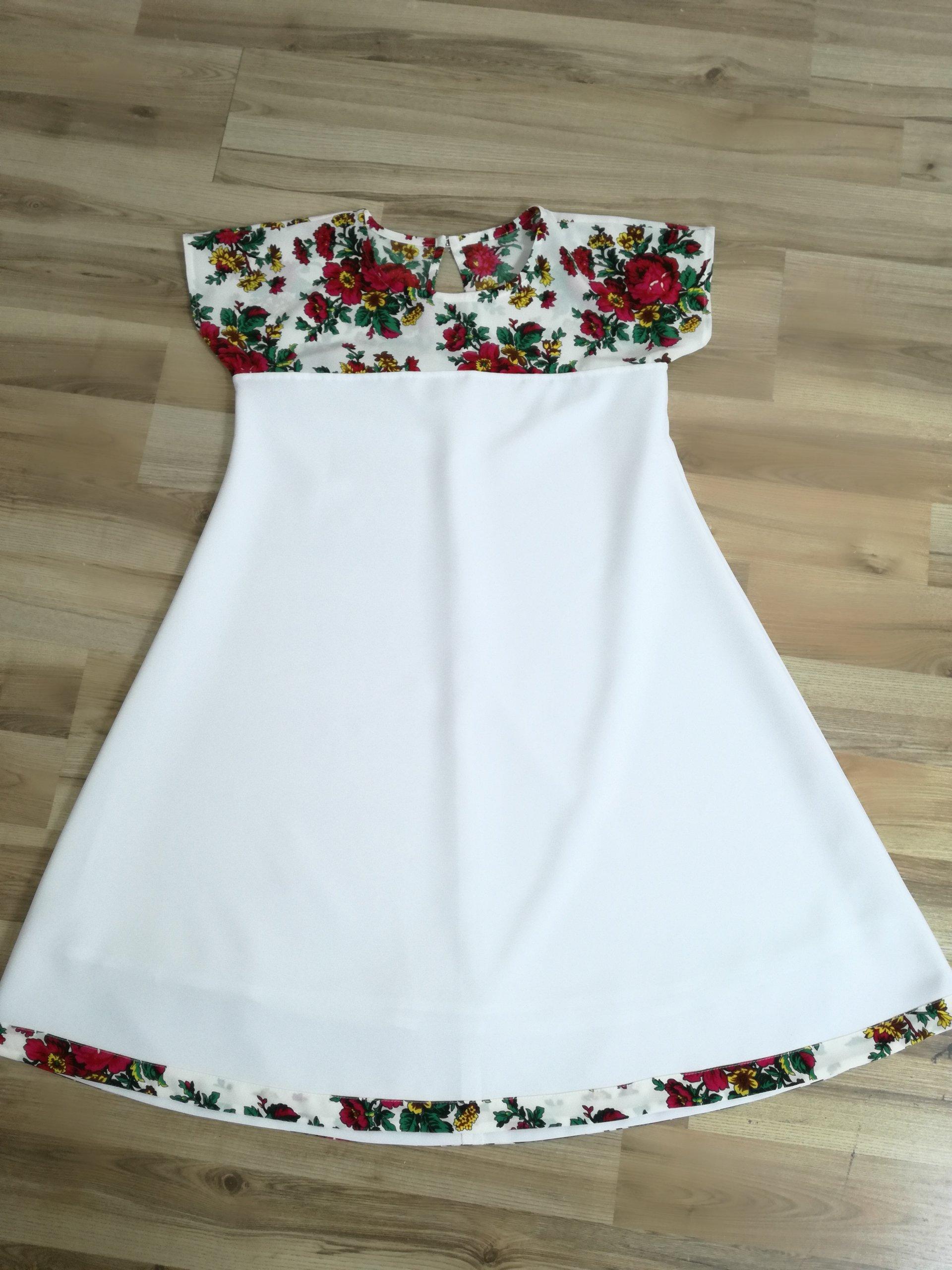 zestaw sukienek dla mamy i córki  folk  góralskie