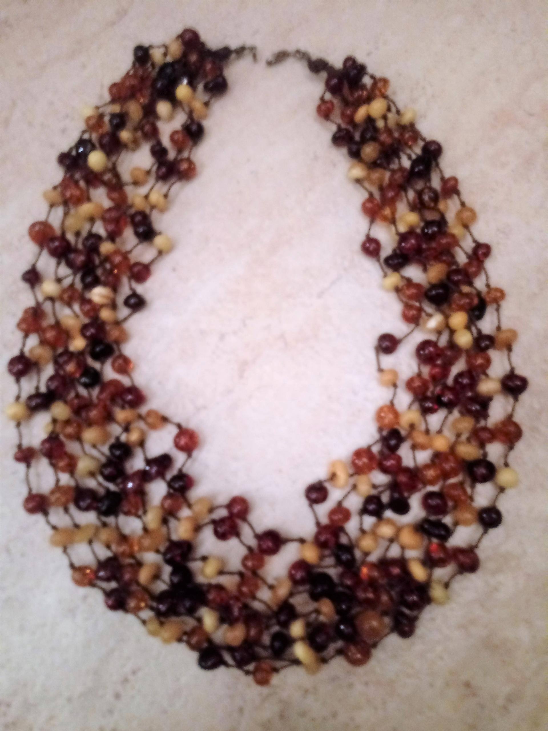 Korálky jantárový náhrdelník mix farieb
