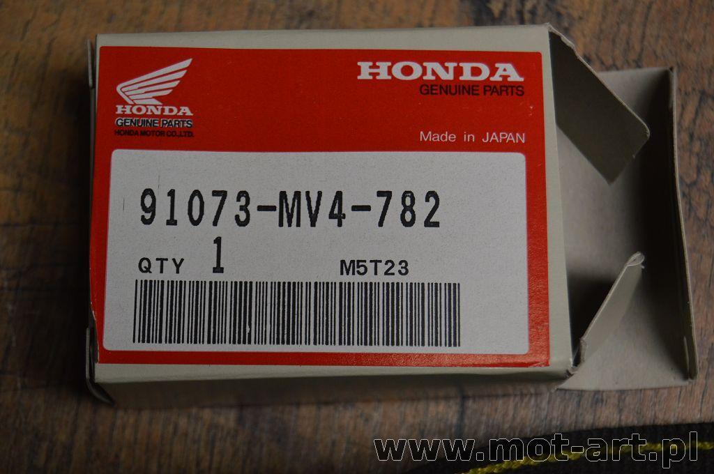 THE ORIGINAL BEARINGS THE WHEEL HONDA VT750 98-2013r.