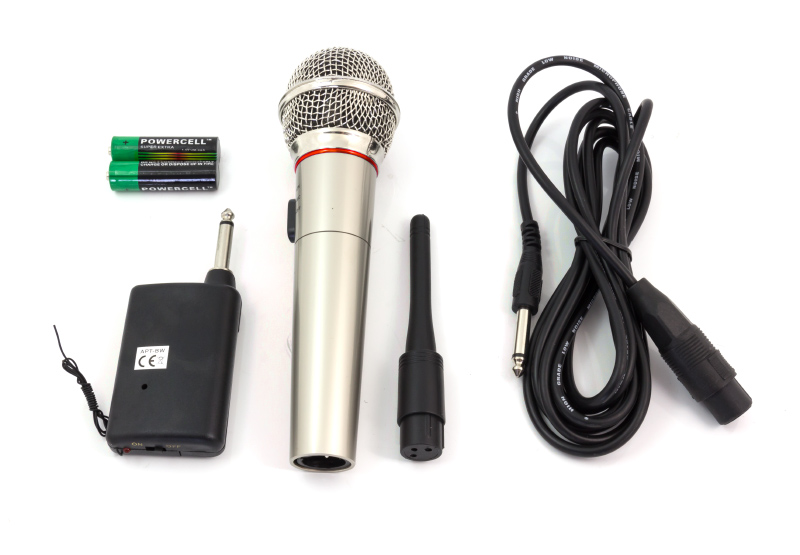 Item AG100A WIRELESS MICROPHONE KARAOKE PARTY