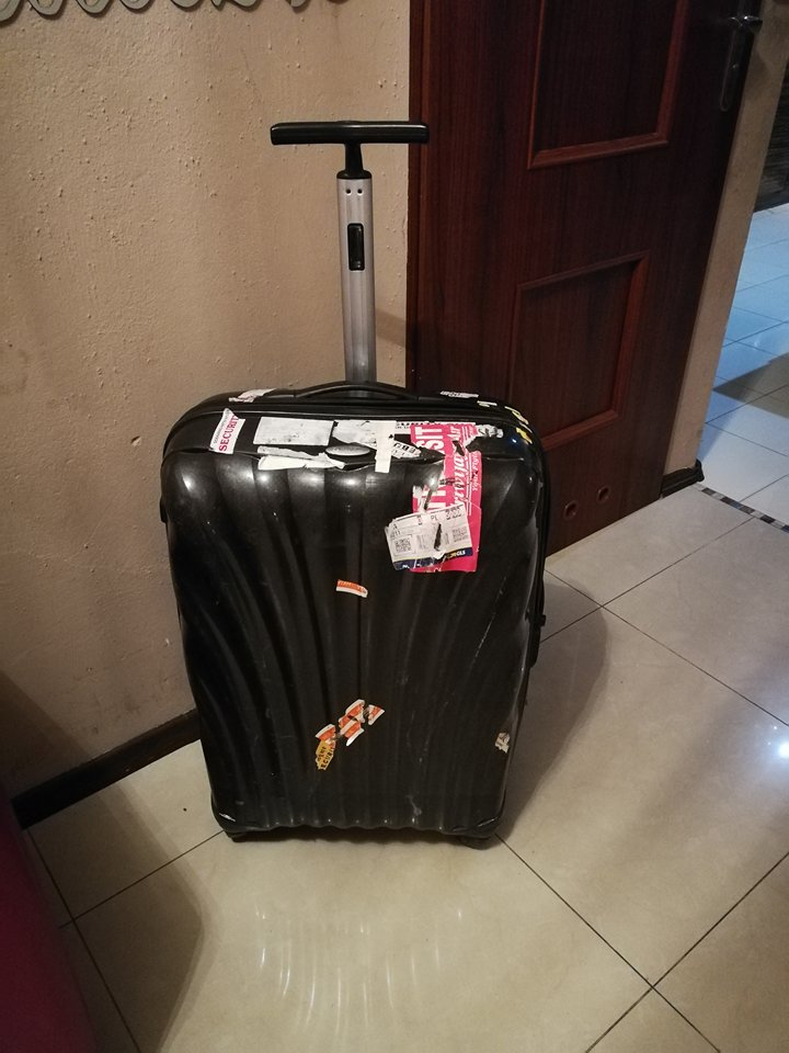 838fff06edc2d walizka Samsonite poliwęglan 8 cm duża:) - 7177432748 - oficjalne archiwum  allegro