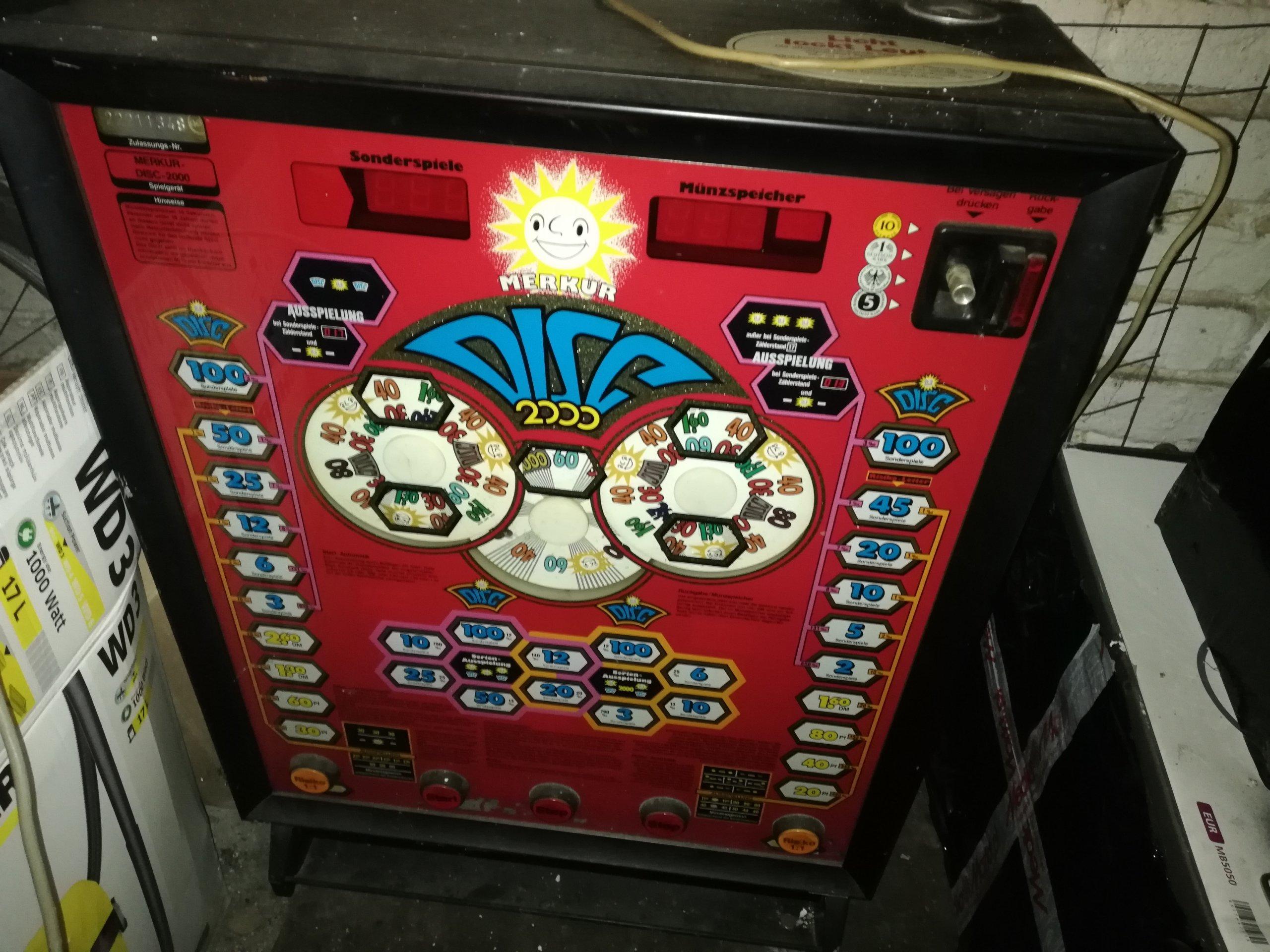 Najnowsze 2 stare niemieckie automaty do gier - 7308223094 - oficjalne TY02