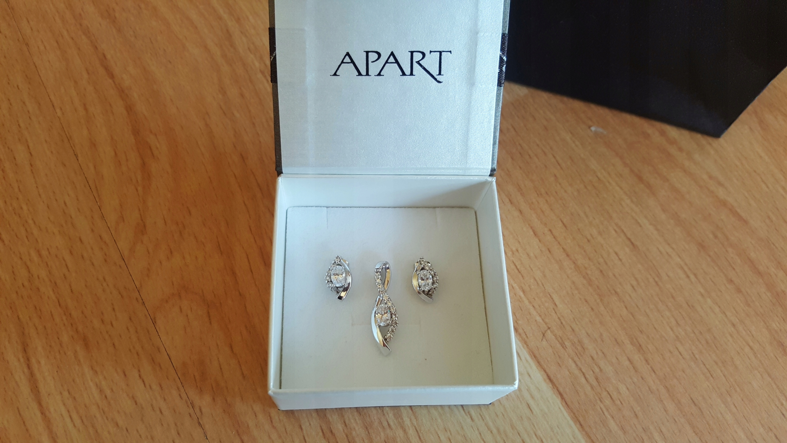 1c5ae9033c47 APART zestaw komplet biżuterii srebrnej JAK NOWY - 7570601070 ...