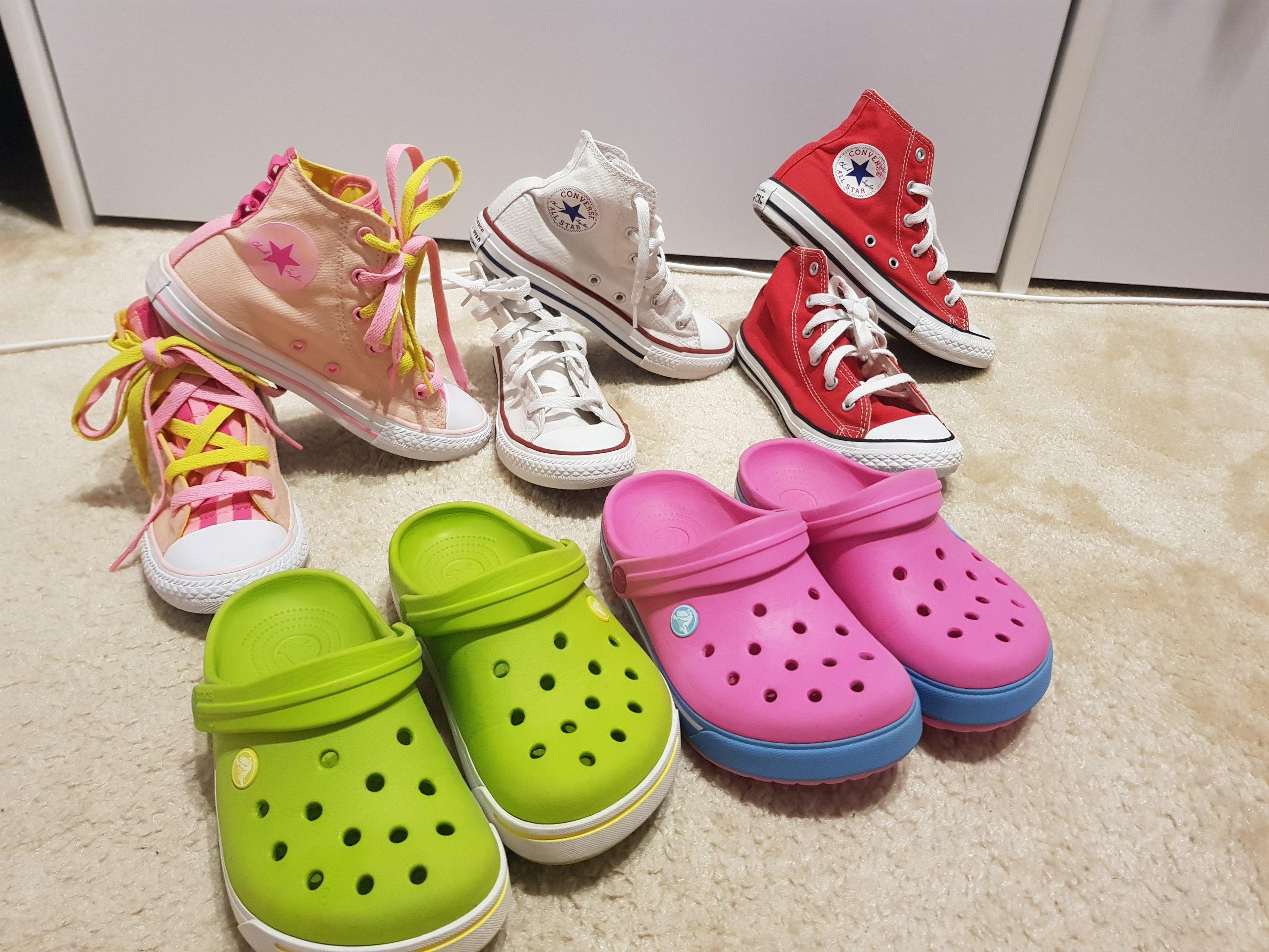 sprzedaż uk bardzo popularny sklep internetowy Converse rozmiar 33, crocs j2 (32/33) zestaw - 7358525078 ...