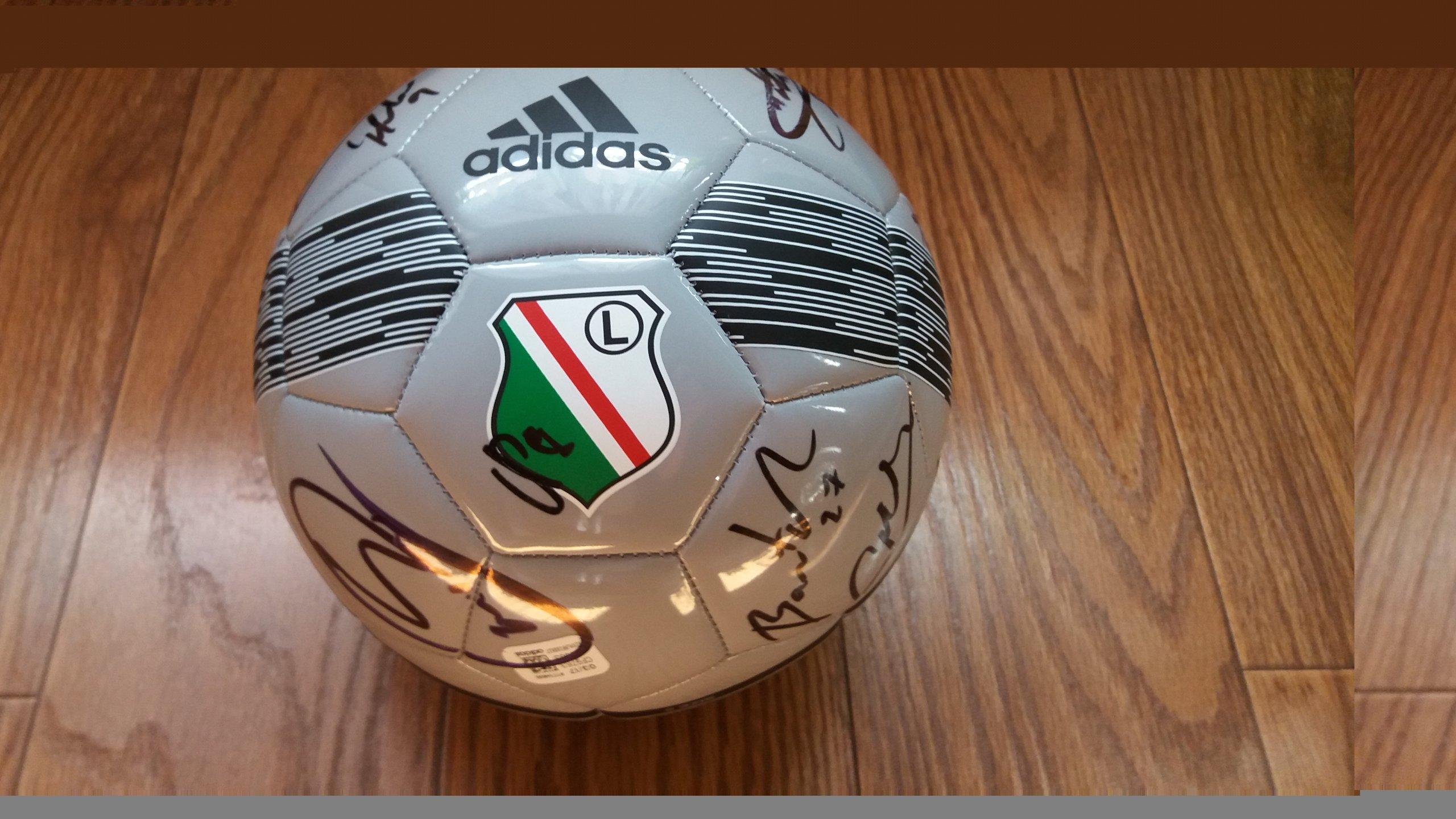 dd946e7ef piłka legii z podpisami zawodników,pomoc dla Majki - 7254676224 ...