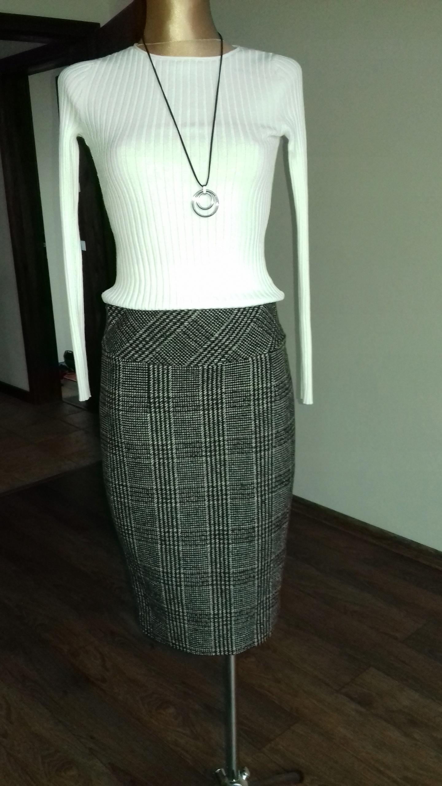 ołówkowa spódnica ZARA R. 36 jak nowa