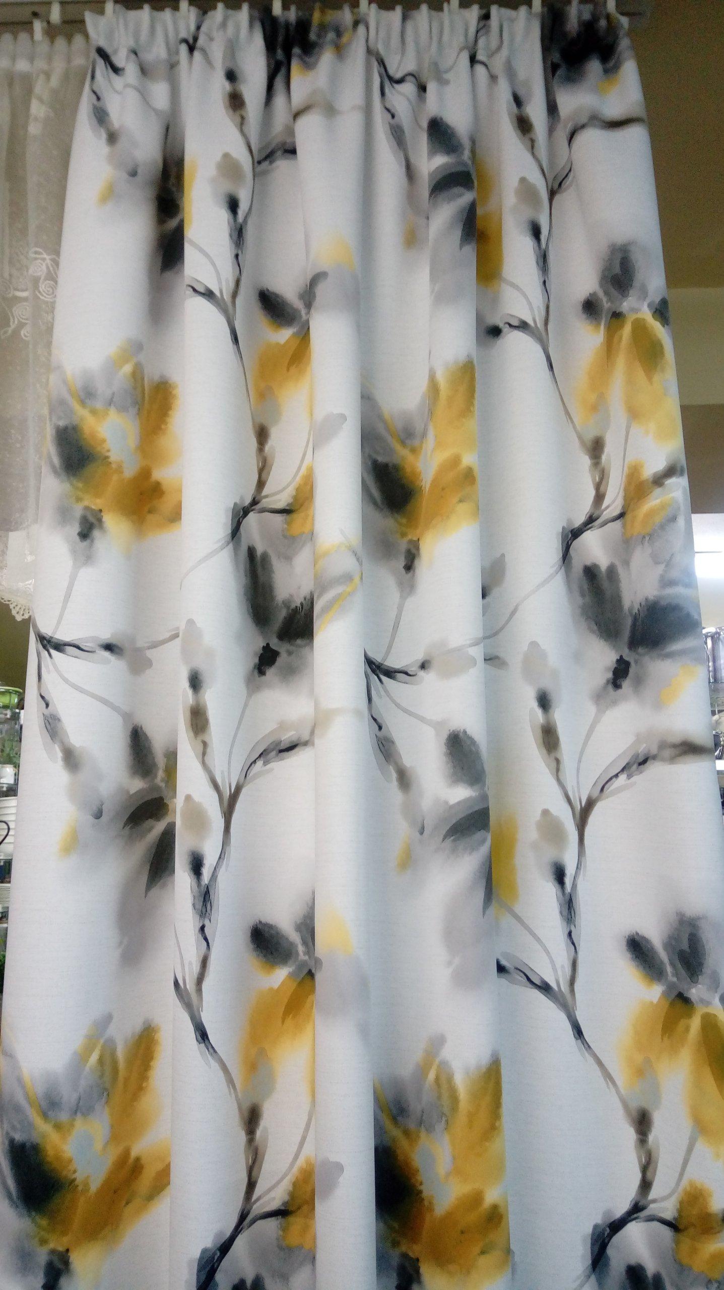 Tkanina Zasłonowa żółte Magnolie 150cm Blackout 7309661925