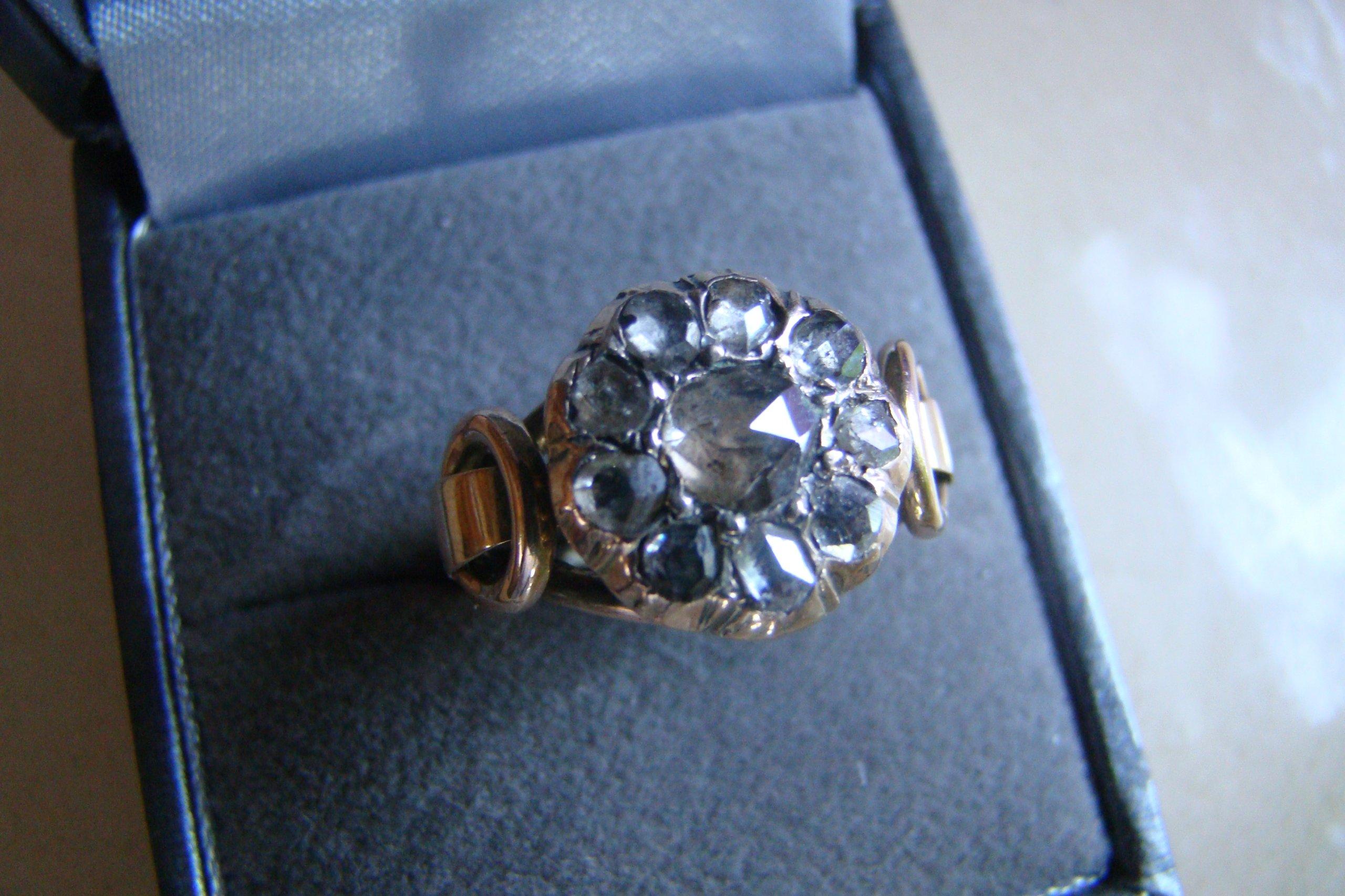 0a7c8e3e4db8e4 Stary, złoty pierścionek z diamentami - 7447120648 - oficjalne ...