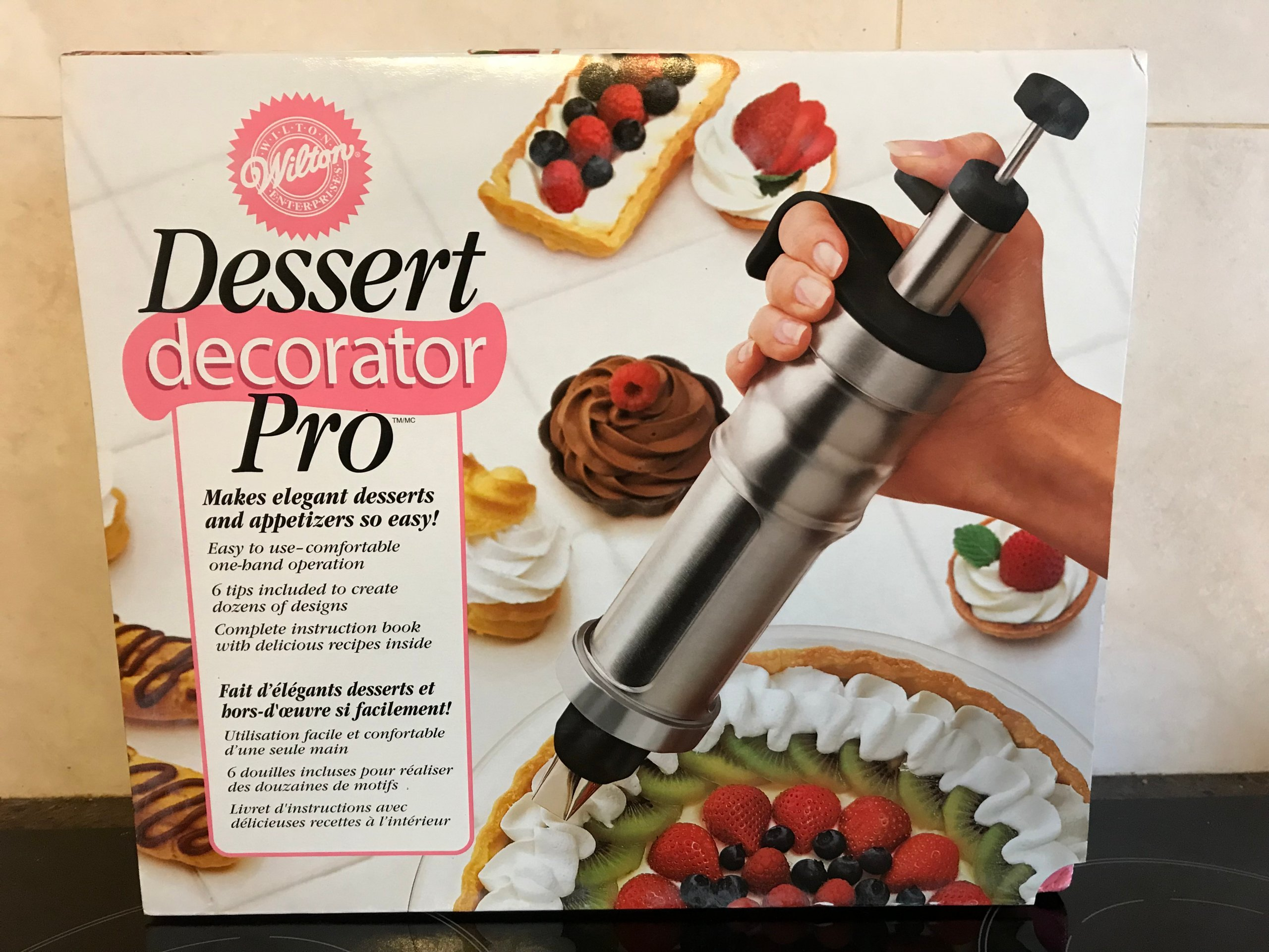 Szpryca Wilton Dessert Decorator Pro Master Tip 7154790189