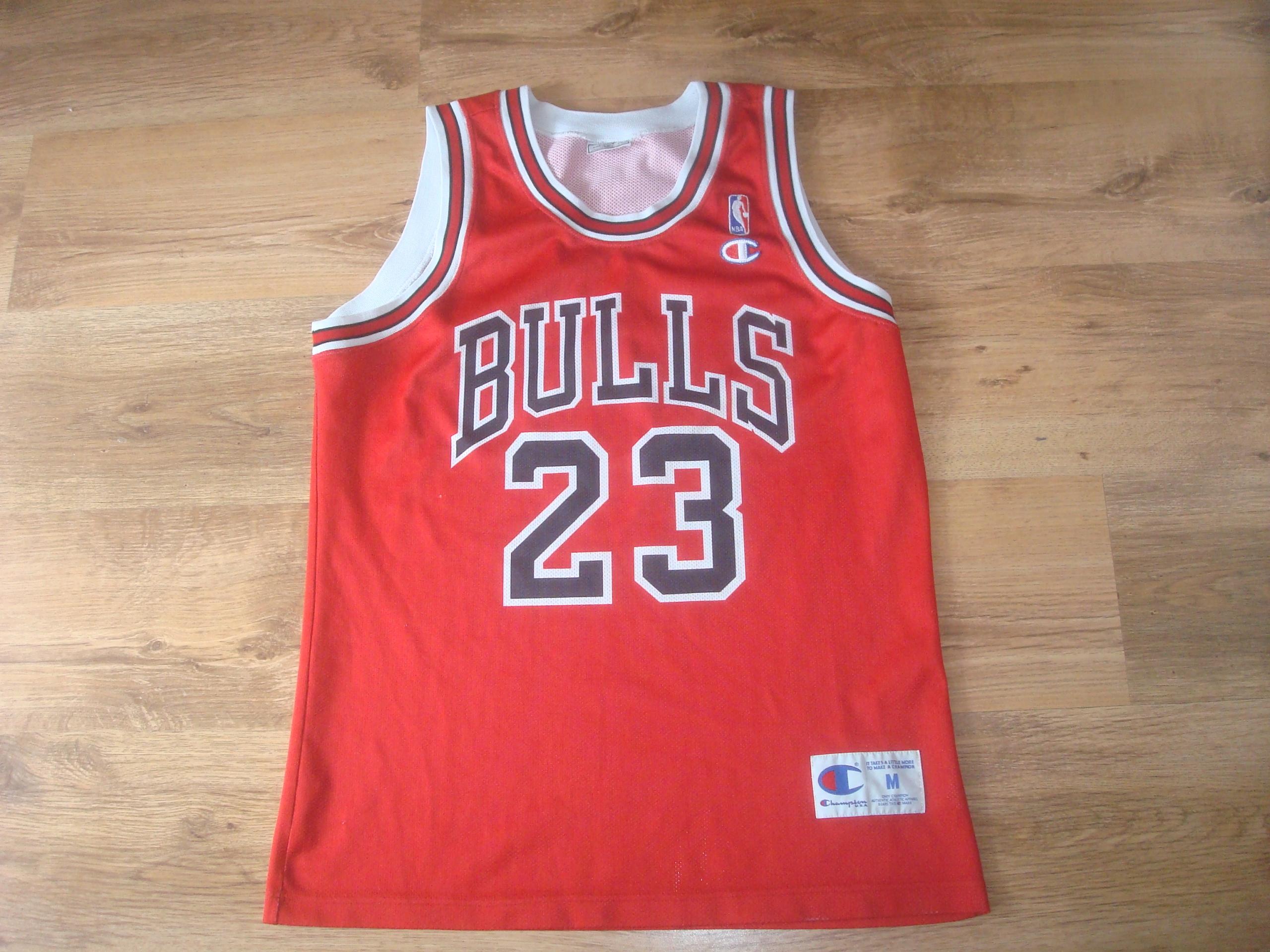 Oryginał KOSZULKA CHAMPION NBA CHICAGO BULLS JORDAN 23 !! - 7444147581 AD45