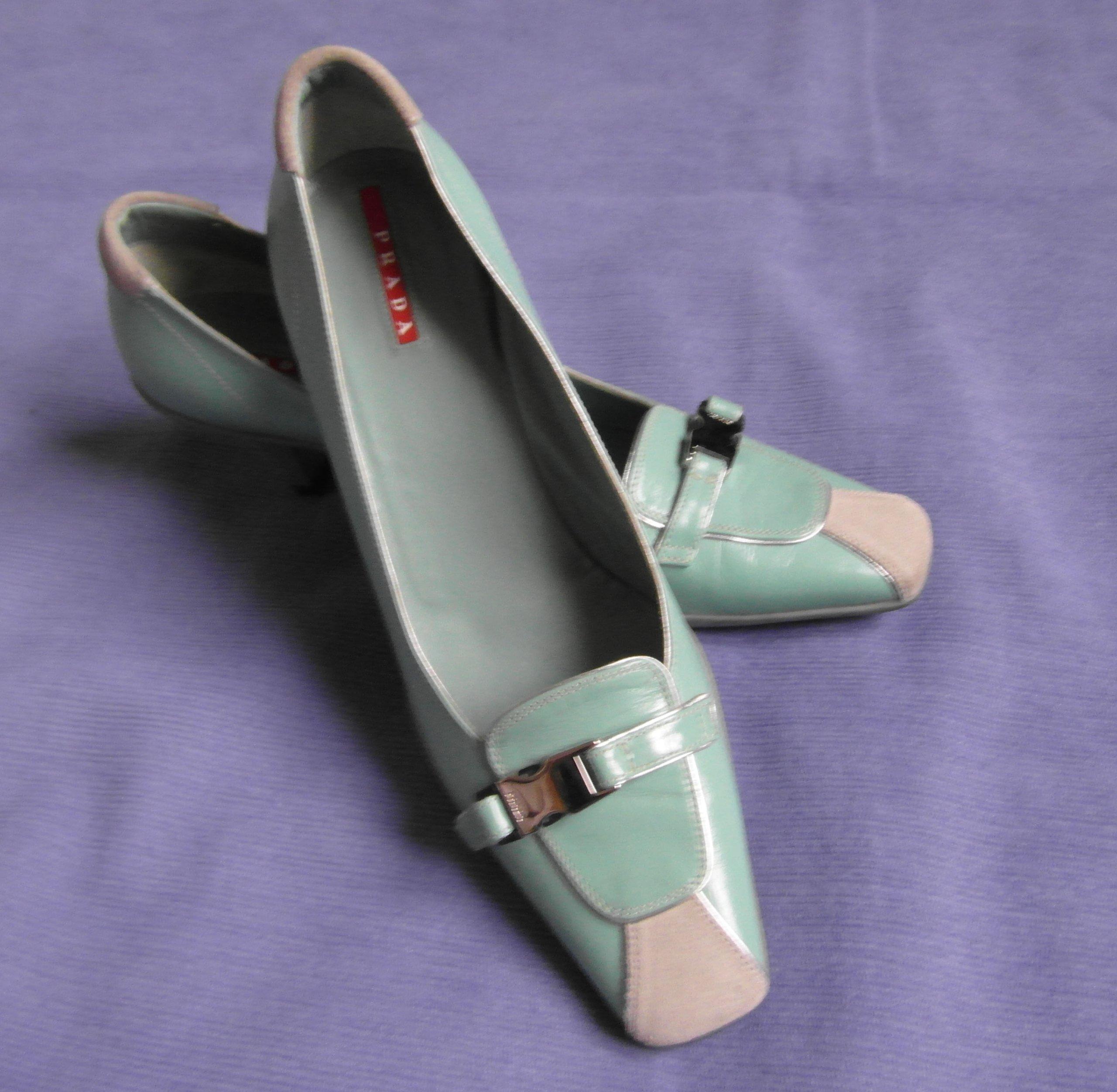 7642287b2b0ae Oryginalne buty damskie Prada - R: 40 - jak nowe ! - 7072907742 ...