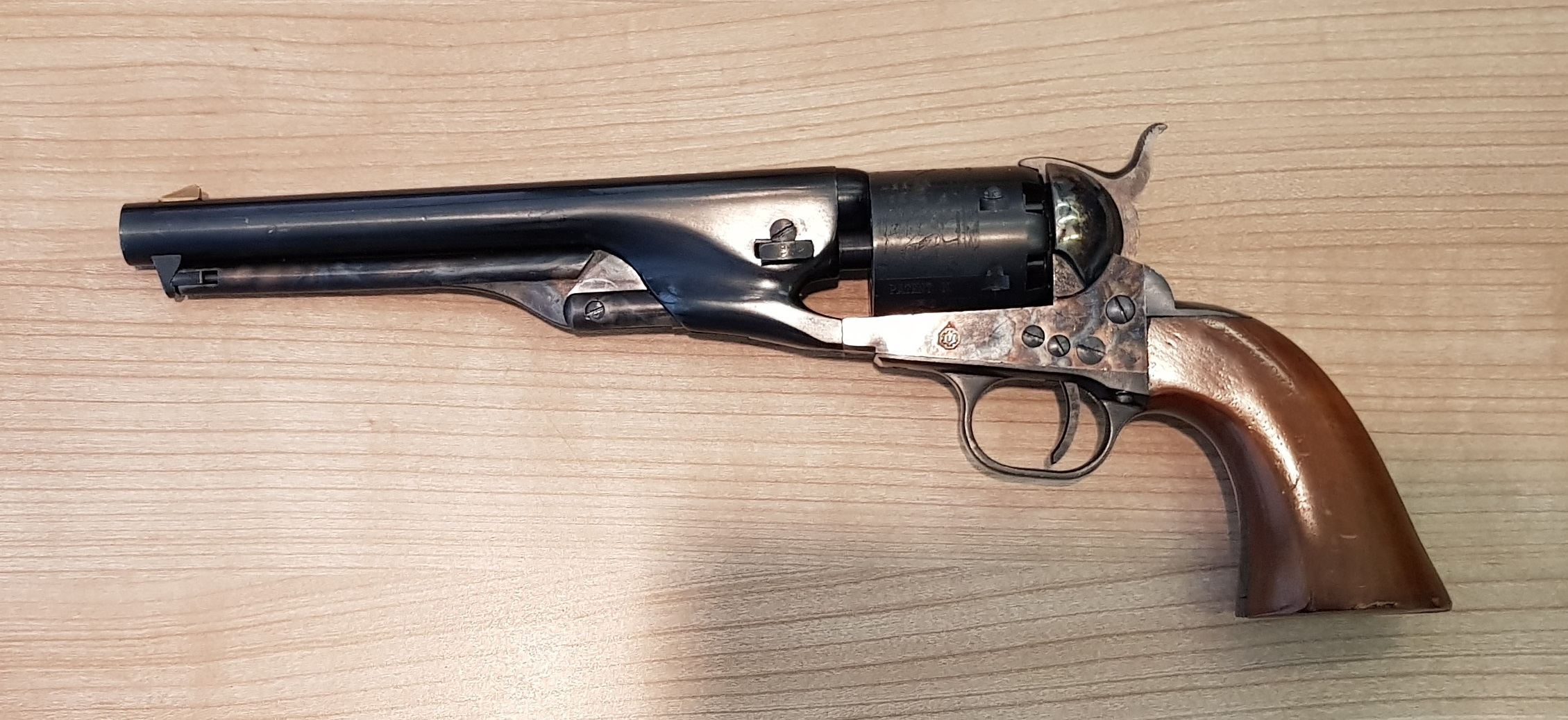Rewolwer Colt Navy 1861 .36 (Hege Uberti)
