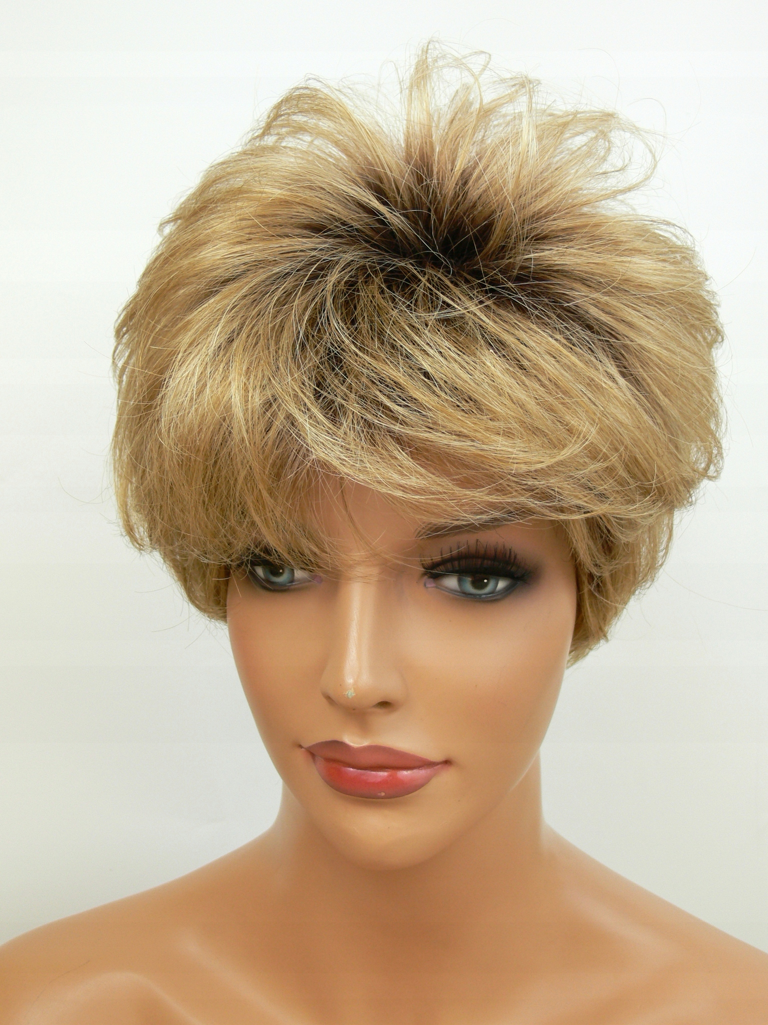 Peruka Miodowy Blond Krótka Modna Fryzura 15 7577110242