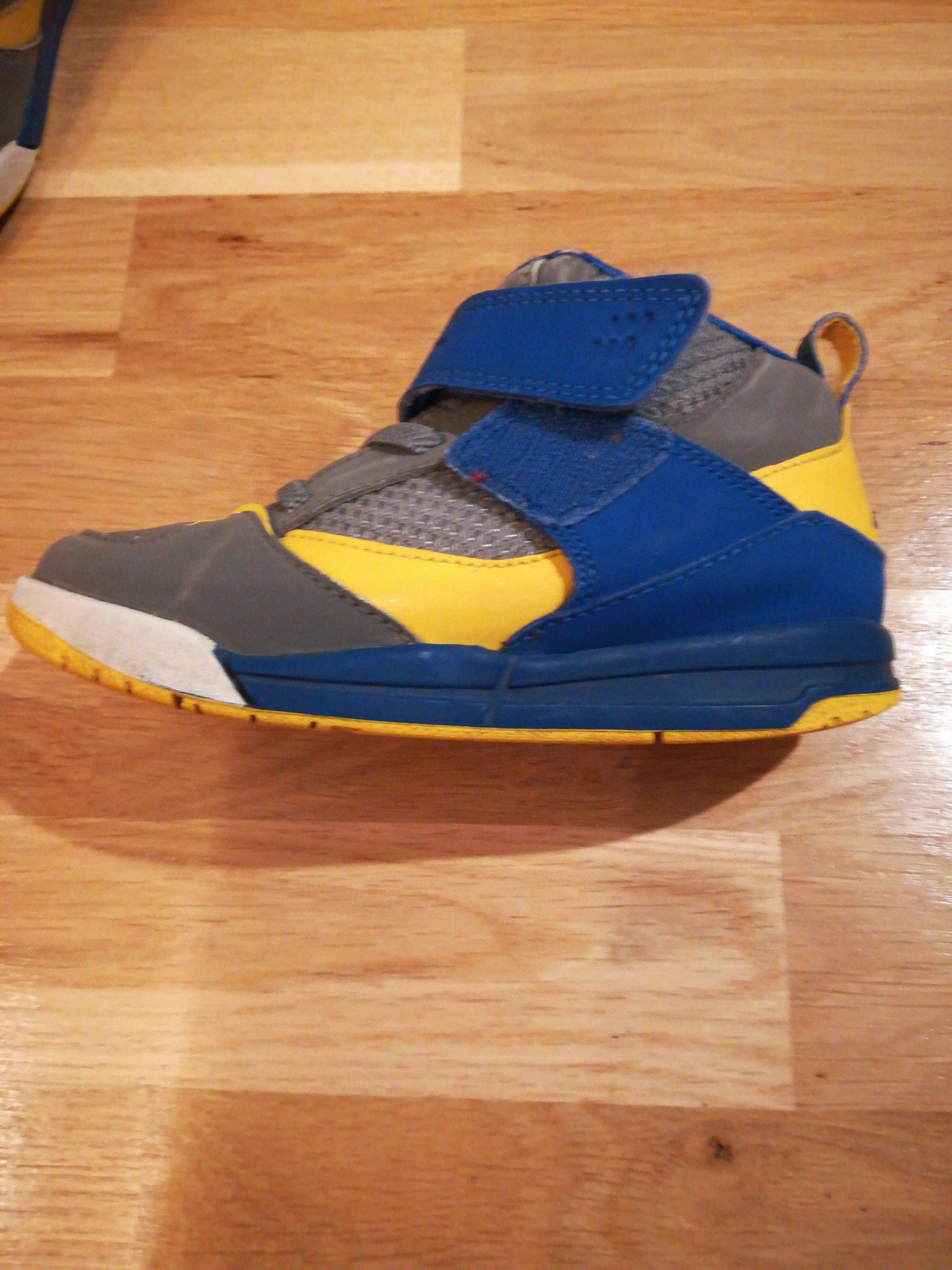82d743dde8e2 Buciki dziecięce sportowe Nike Jordan 27 rozmiar - 7084528387 ...