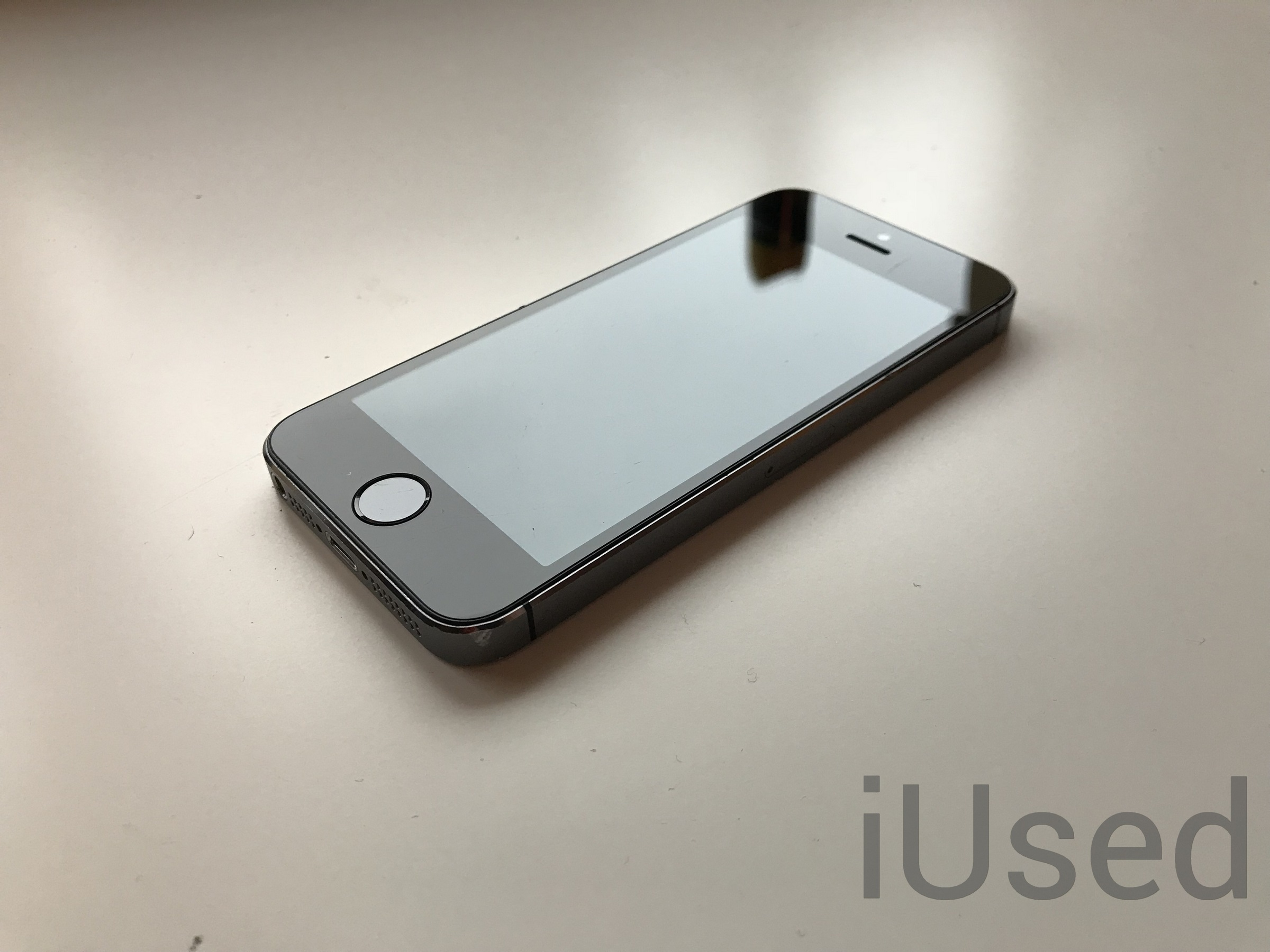 Apple iPhone 5S Space Grey 32GB od iUsed GW12M