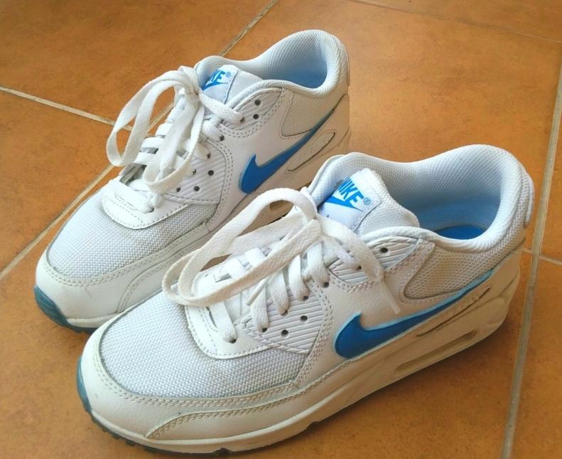 quality design 670a8 b87ba Nike Air Max 90 Glow (GS) (White   Photo Blue) 38