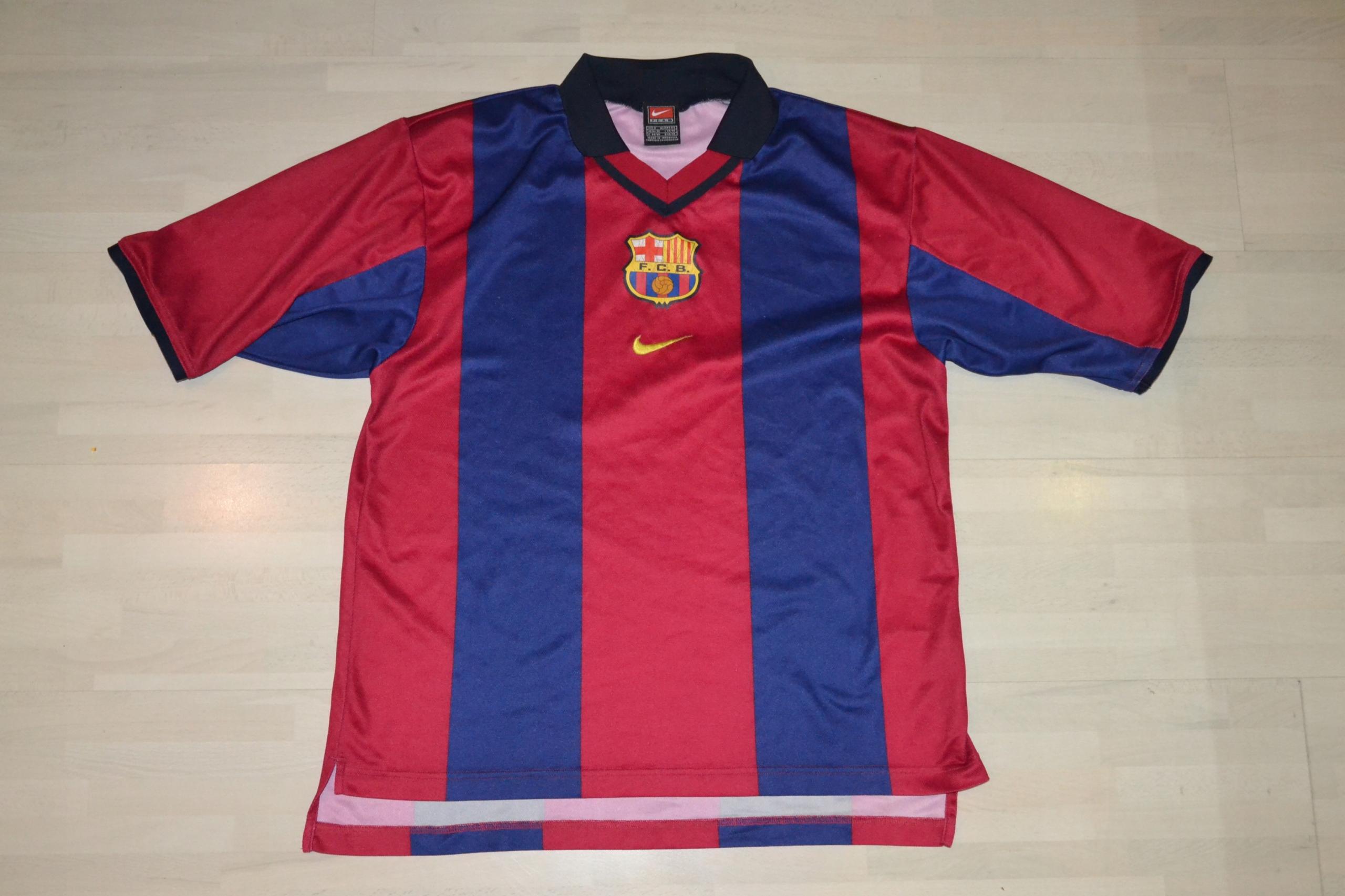 7ada1aaee VINTAGE NIKE FC BARCELONA KOSZULKA S 173 - 7656217698 - oficjalne ...