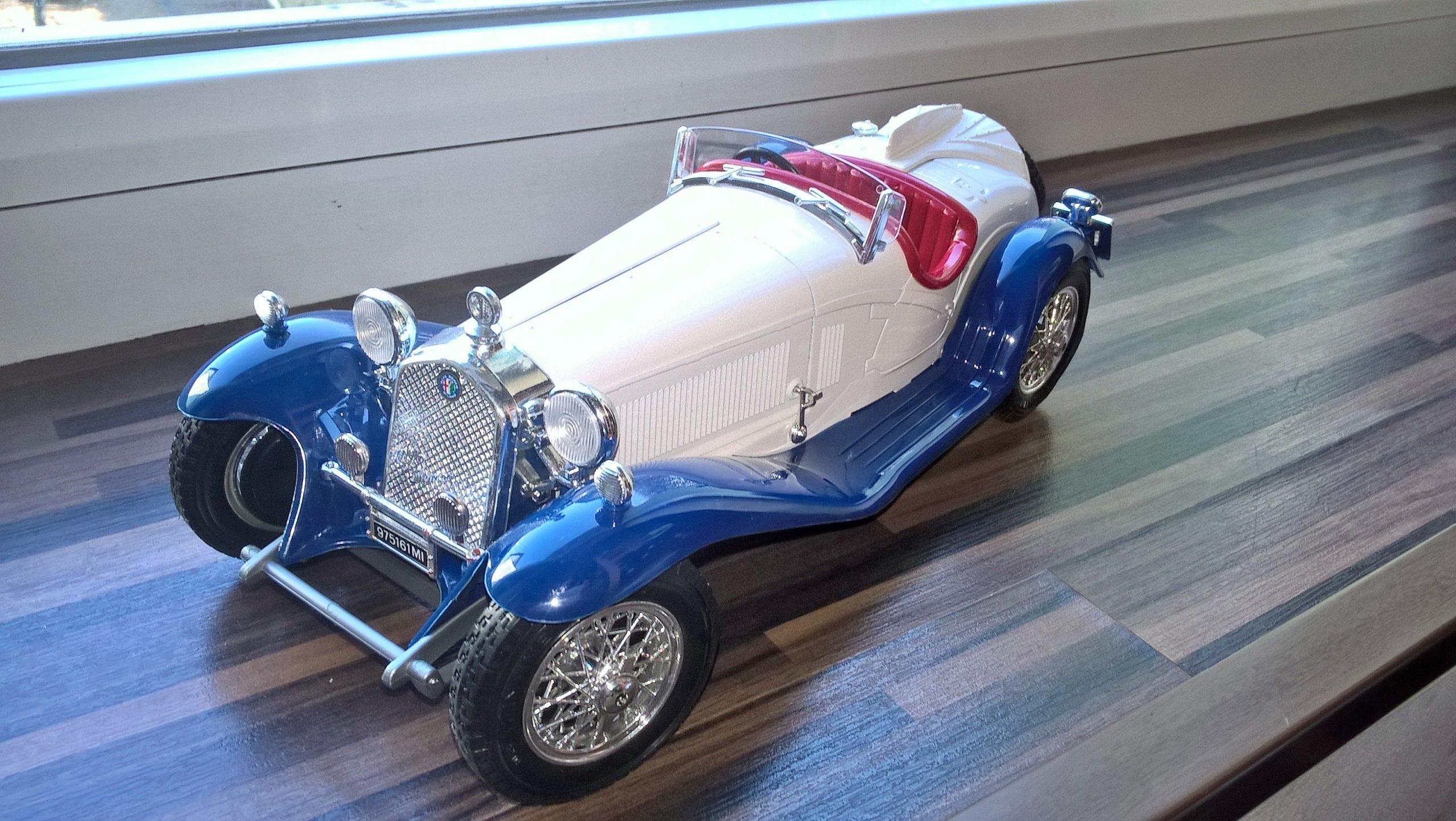 Alfa Romeo 2300 Spider 1 18 kolekcjonerski