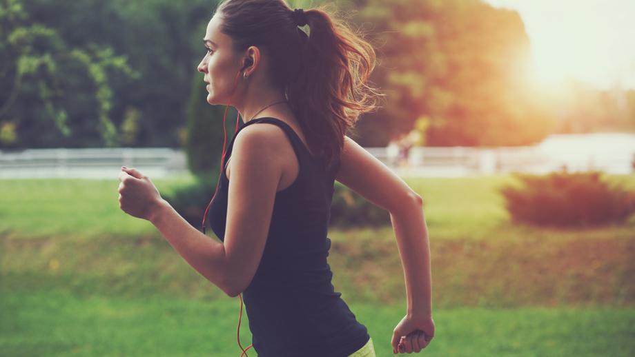 6 książek o bieganiu, które warto przeczytać przed rozpoczęciem treningów