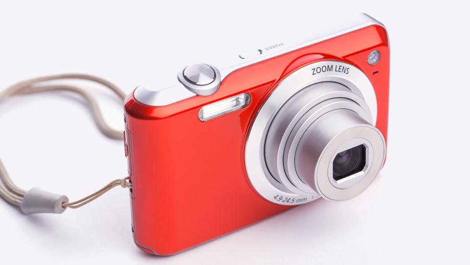 Przegląd aparatów kompaktowych do 500 złotych
