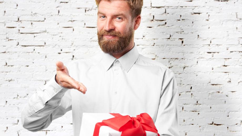 Co kupić tacie na święta? Ponadczasowe pomysły do 100 złotych