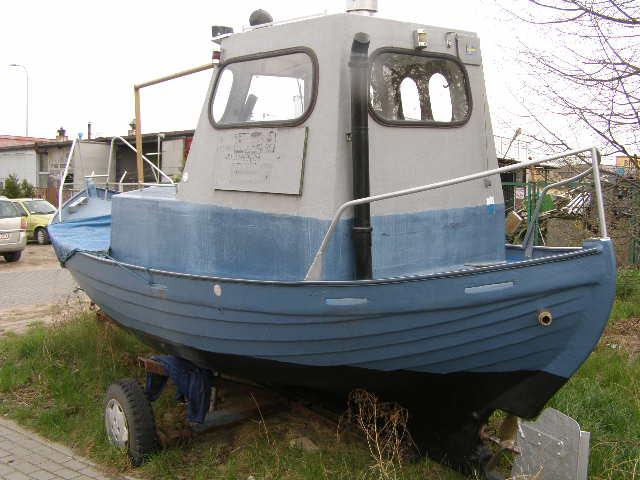 Kuter,statek, łódka jacht wędkarski,
