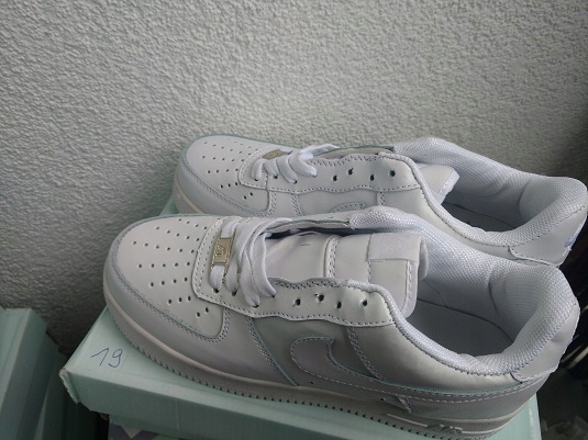 BUTY NIKE AIR FORCE 1 LOW 07 ALL WHITE 19 r.40
