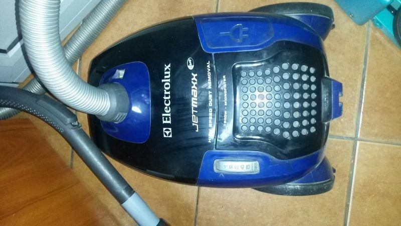 odkurzacz electrolux jetmaxx 1800w