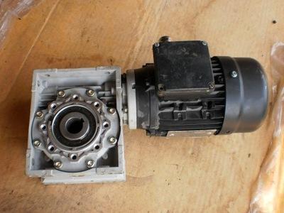 silnik elektryczny 0,4 kw  motoreduktor 15 obr