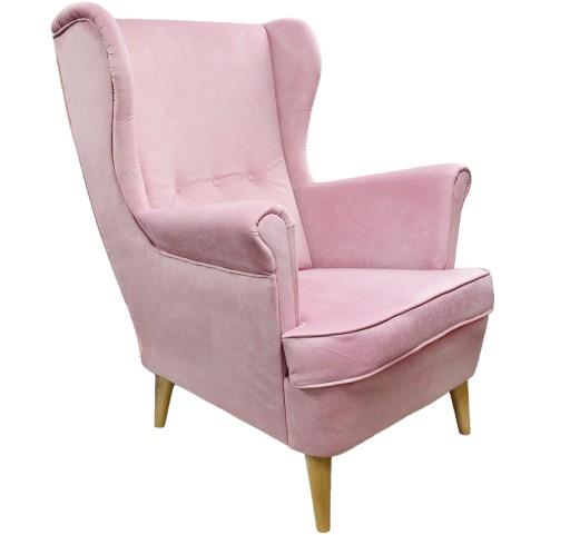 Klasyczny Fotel Uszak Różowy Na Drewnianych Nogach