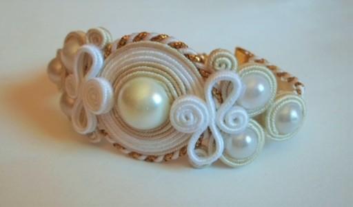 Kolczyki ślub białe ecru sutasz perły sztyfty